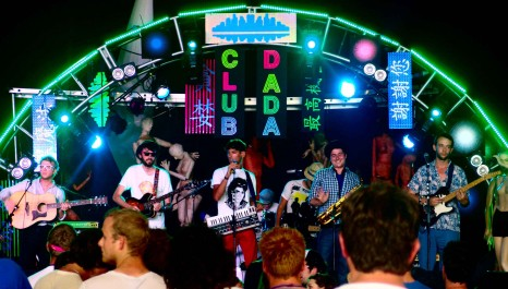Al Cool and the Stranger Wines play Club Attitude at Glastonbury